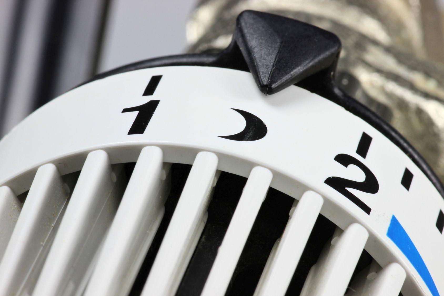 nachtabsenkung eine m glichkeit deutlich heizkosten zu sparen. Black Bedroom Furniture Sets. Home Design Ideas