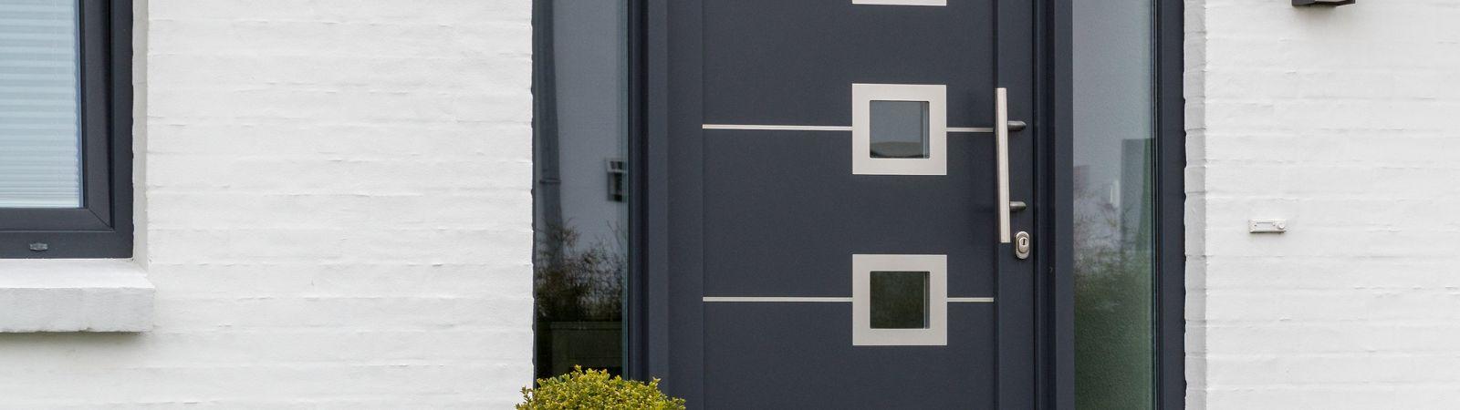 Bekannte Haustür kaufen | Bessere Dämmung bei Fenstern & Türen UA92